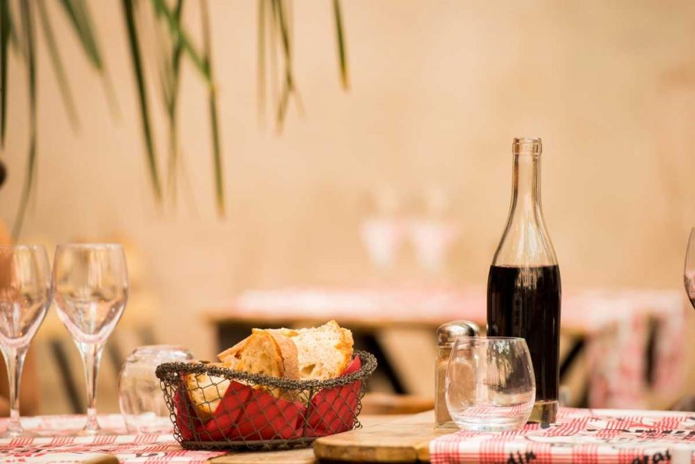 Lyon Brasserie II Berzel, Erin 19790