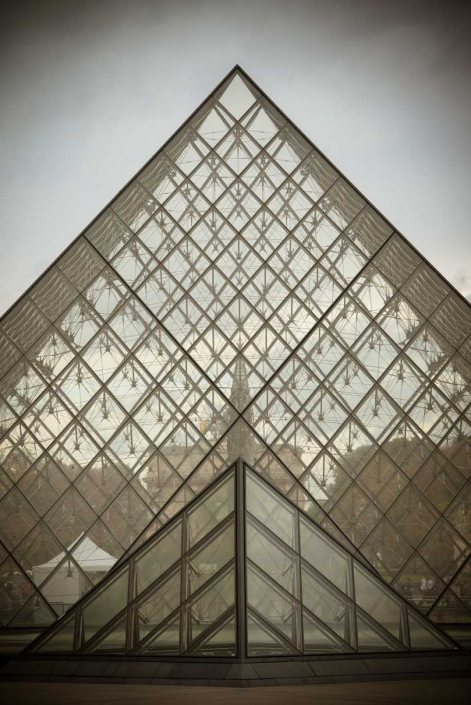 Louvre Pyramid I Berzel, Erin 19826