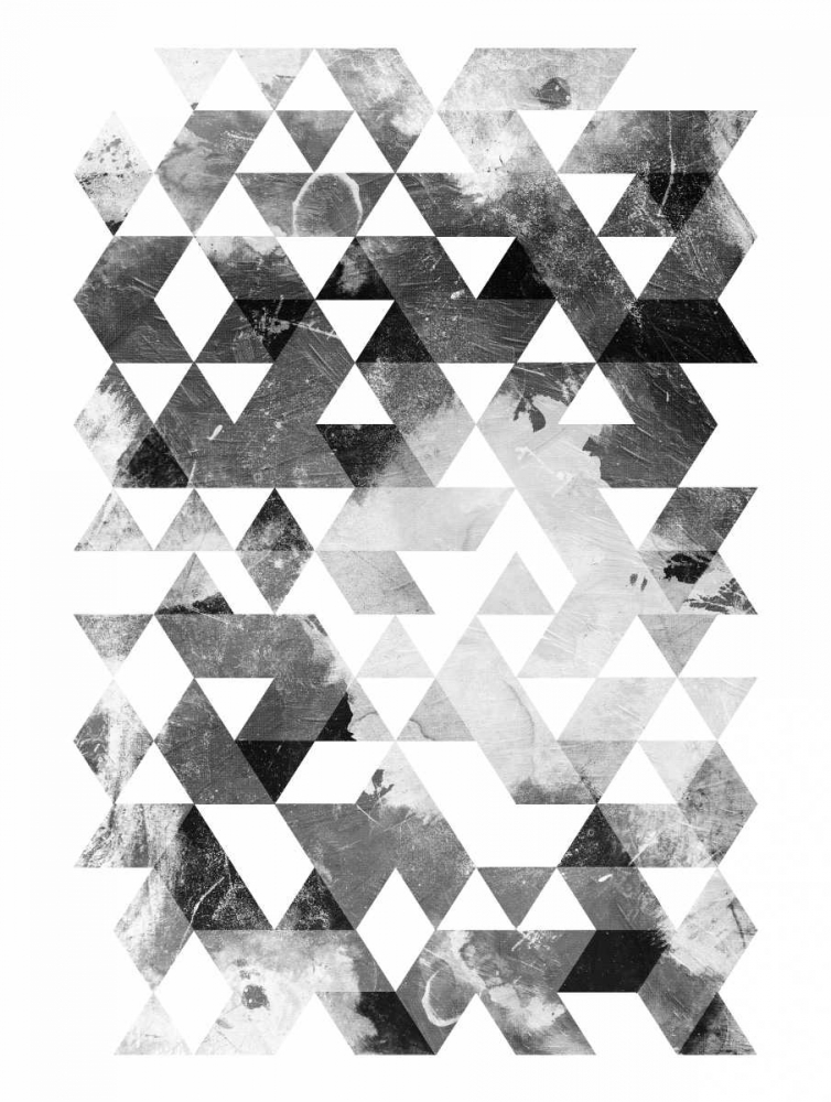 Black And White Triangles OnRei 138520