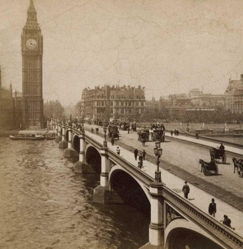 Historical London Atria, Cristin 36489