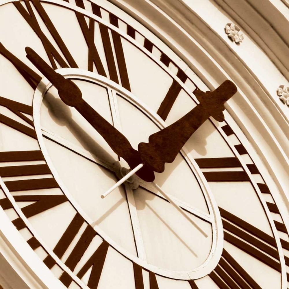 Clock I Hall, Doug 137780