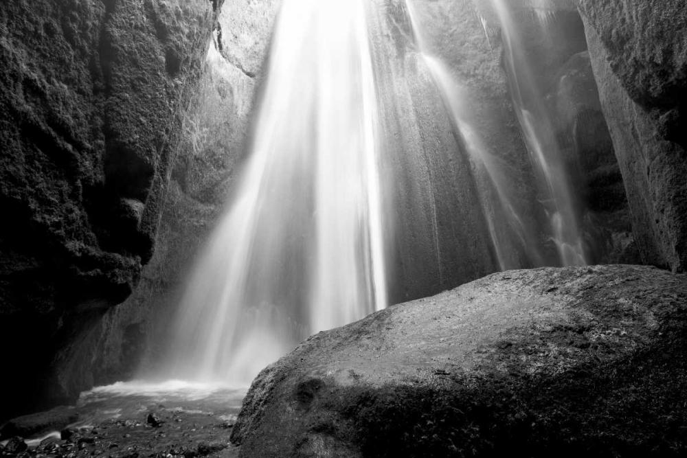 Waterfall PhotoINC Studio 140207