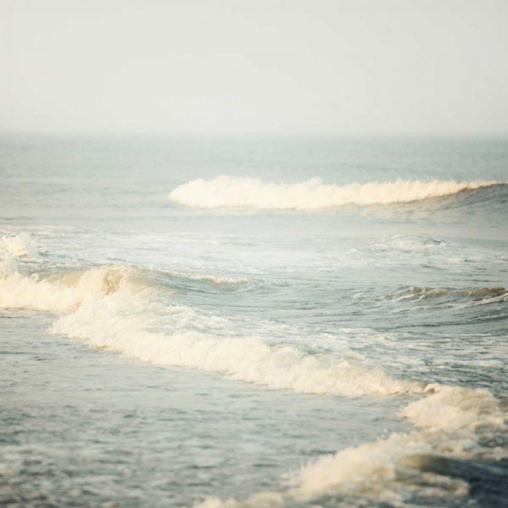 The Sound of Waves Suchocki, Irene 65870