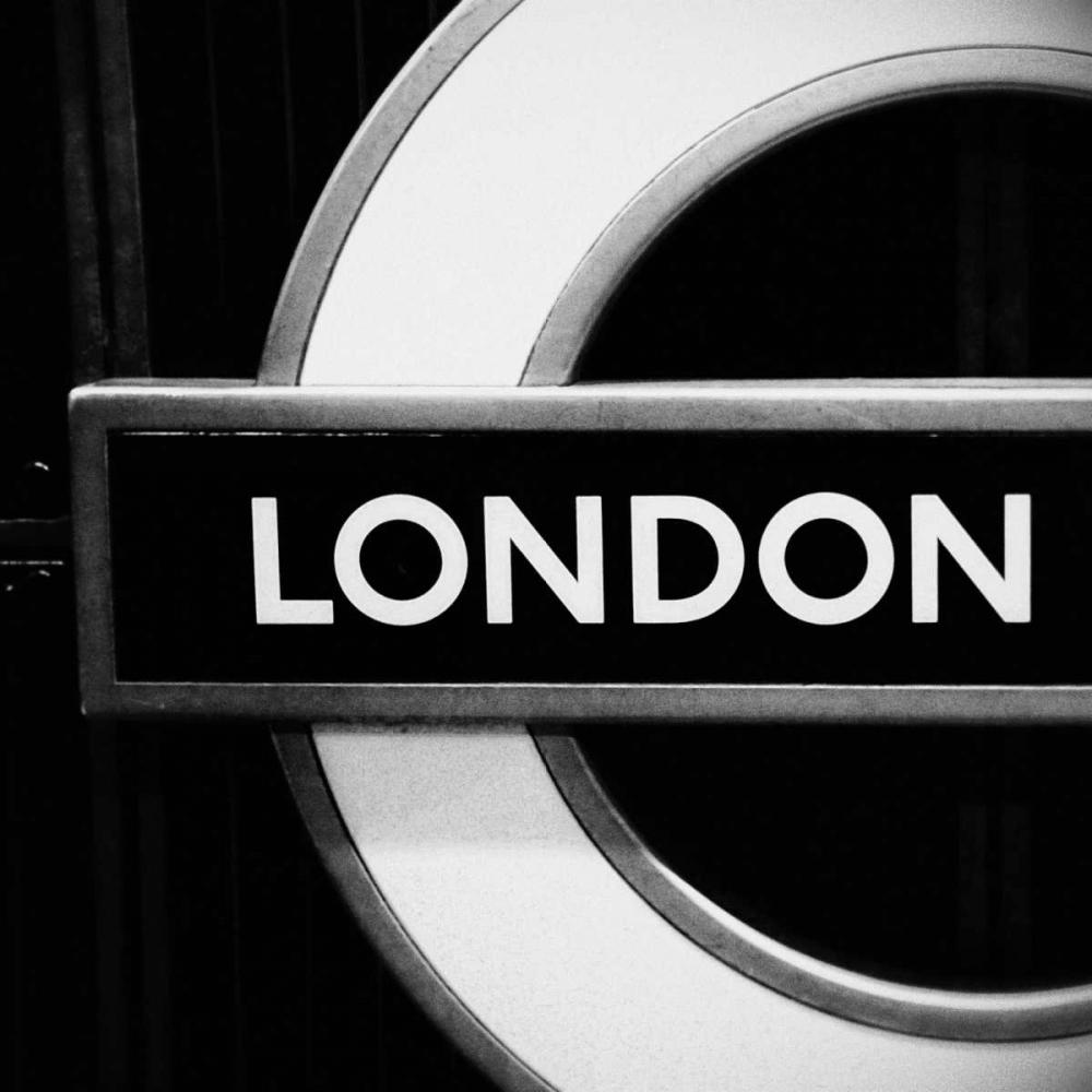 London Sign BandW Peck, Gail 122422