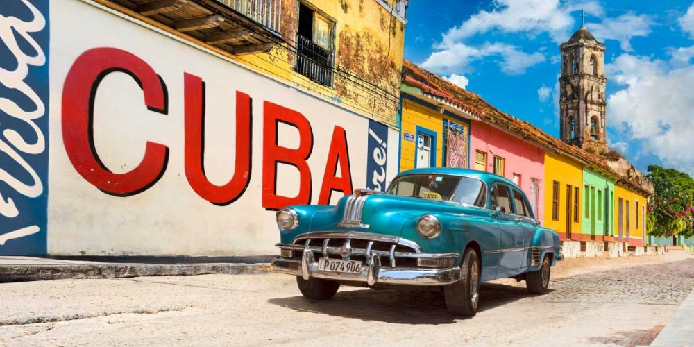 Vintage car and mural- Cuba Pangea Images 148991