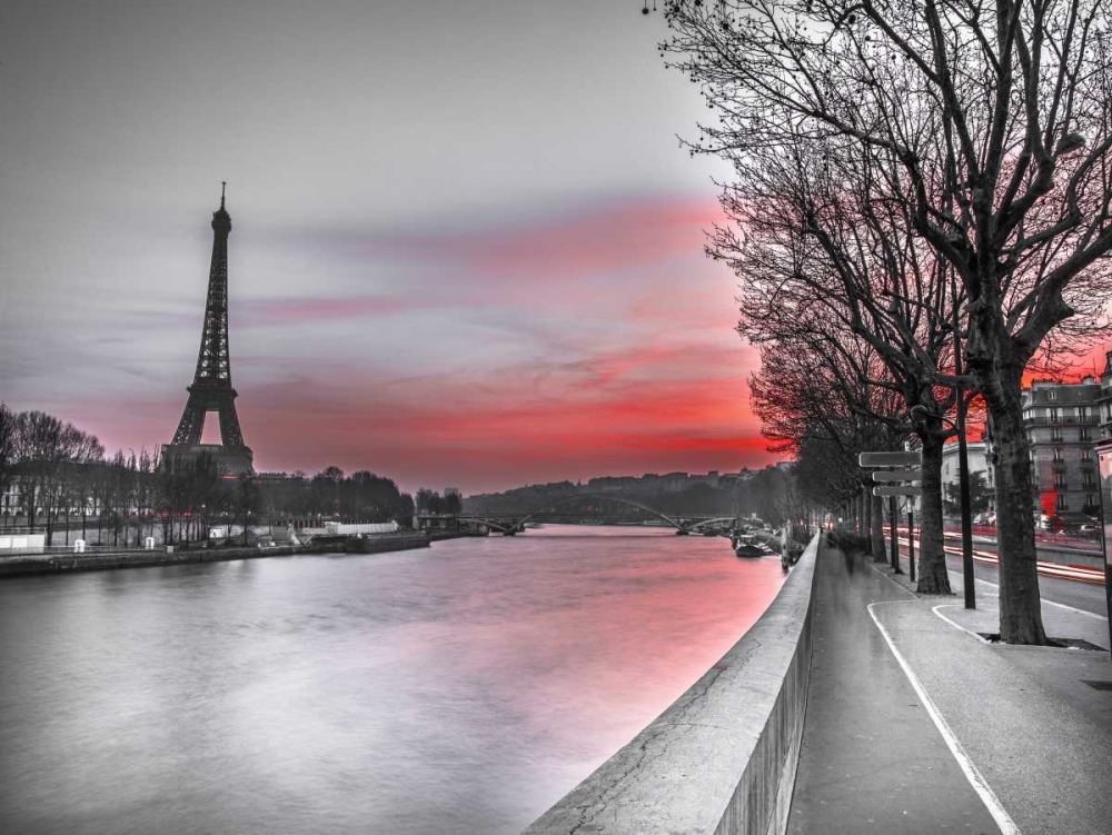 The river Seine and the Eiffel tower at dusk Frank, Assaf 103358