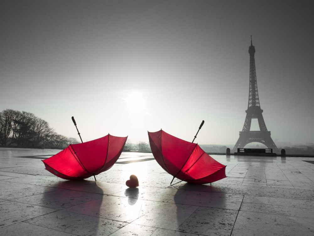 Two umbrellas next to the Eiffel tower Frank, Assaf 103389