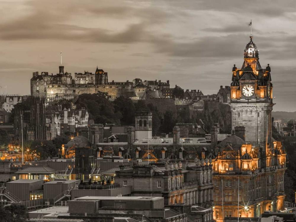 Edinburgh Castle and The Balmoral Hotel, Scotland Frank, Assaf 101888