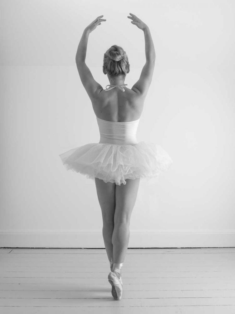 Young female ballerina Frank, Assaf 103473
