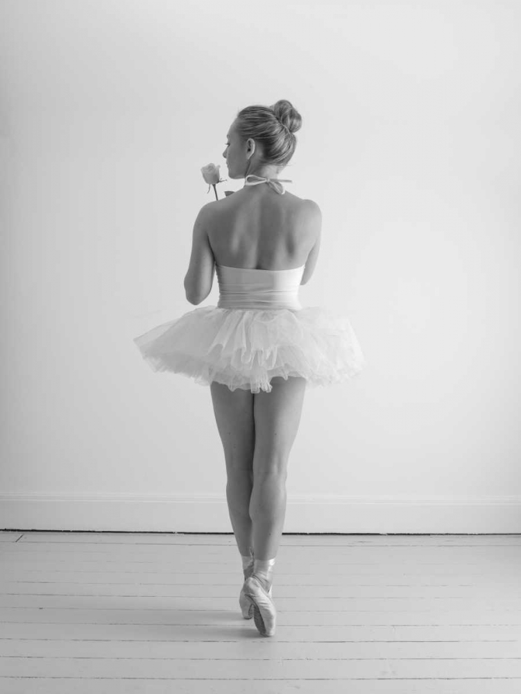 Young female ballerina Frank, Assaf 103476