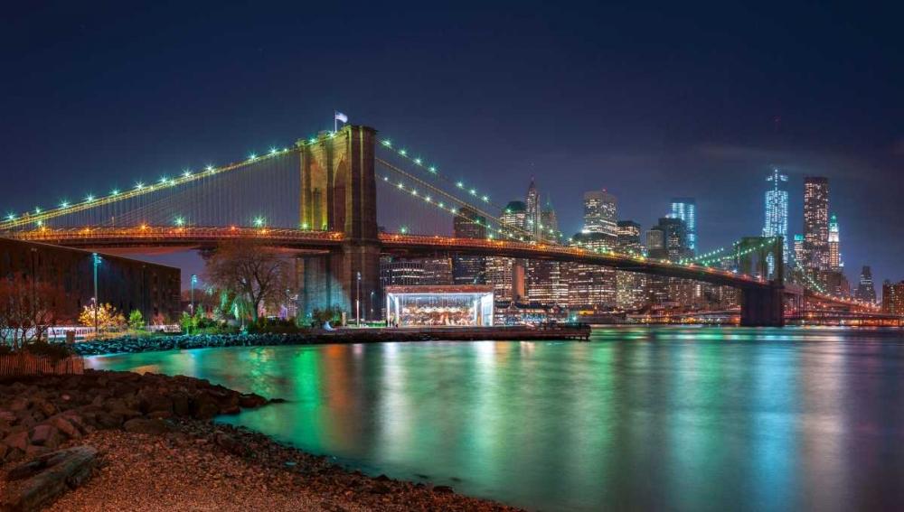 Evening shot of Brooklyn Bridge and Lower Manhattan skyline, New York Frank, Assaf 103536