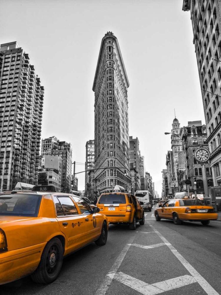 Traffic in front of Flatiron Building, Manhattan, New York Frank, Assaf 103544