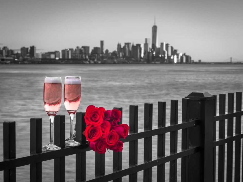 Glasses of Champagne with bunch of roses on railing against Lower Manhattan skylne, New York Frank, Assaf 103568