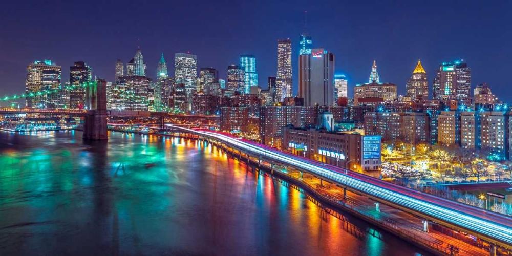 Strip lights on streets of Manhattan by east river, New York Frank, Assaf 103597