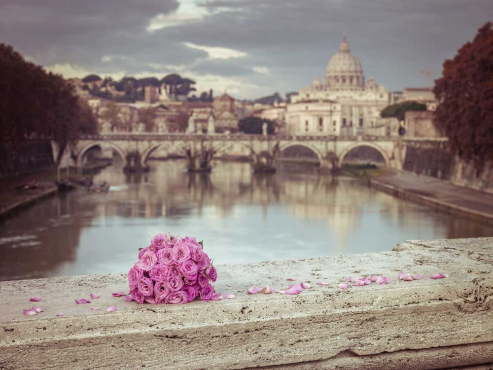 Bunch of roses on bridge with Basilica di San Pietro in Vatican, Rome, Italy Frank, Assaf 103868