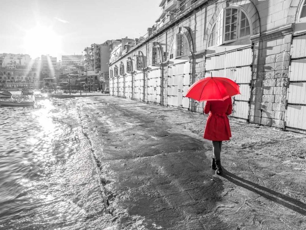Tourist with red umbrella, Malta Frank, Assaf 103961