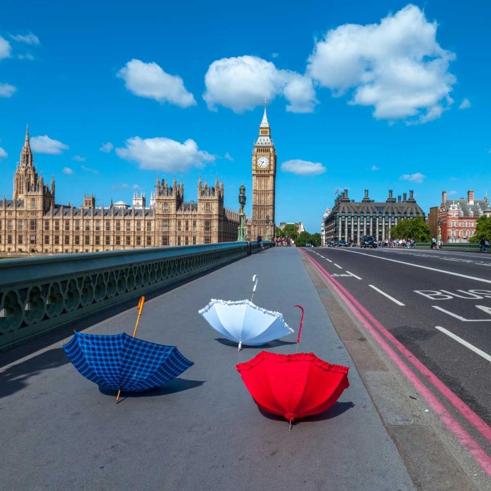 Colourful umbrellas on Westminster Bridge , London, UK Frank, Assaf 103992
