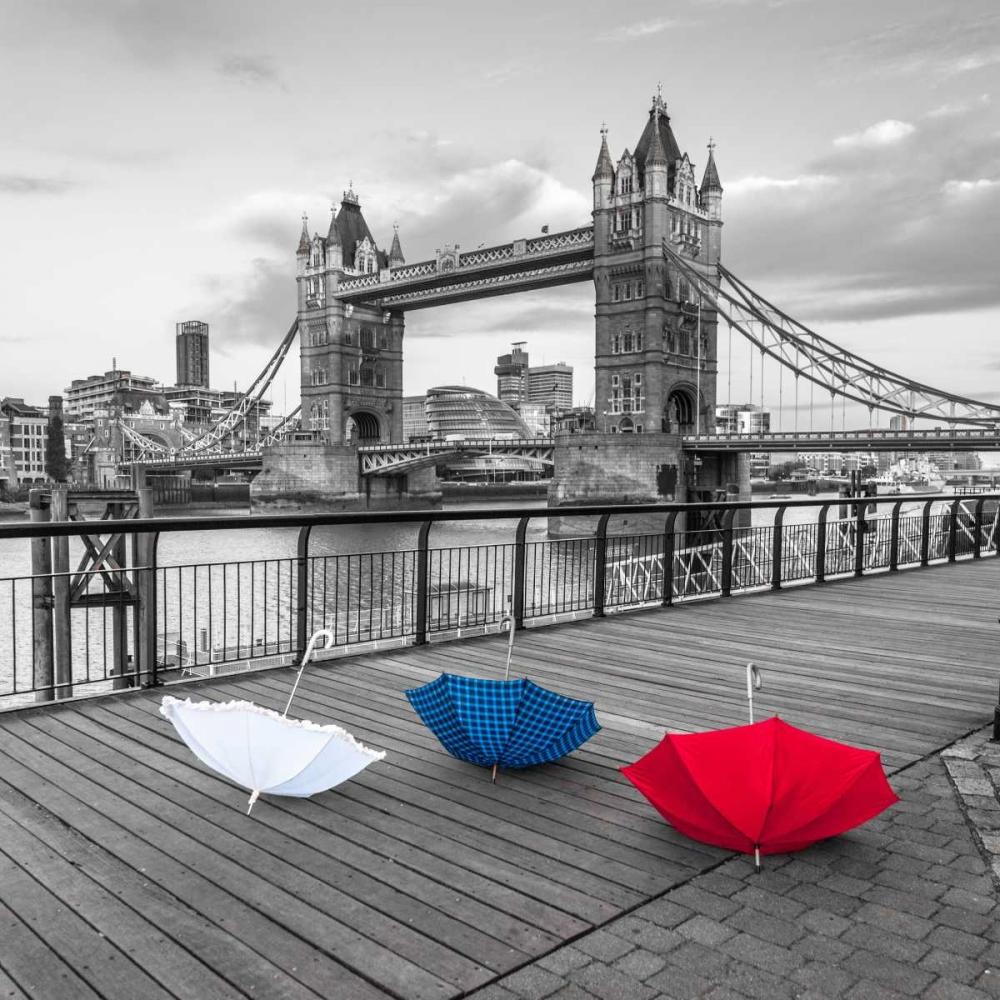 Colorful umbrellas on promenade near Tower bridge, London, UK Frank, Assaf 104027
