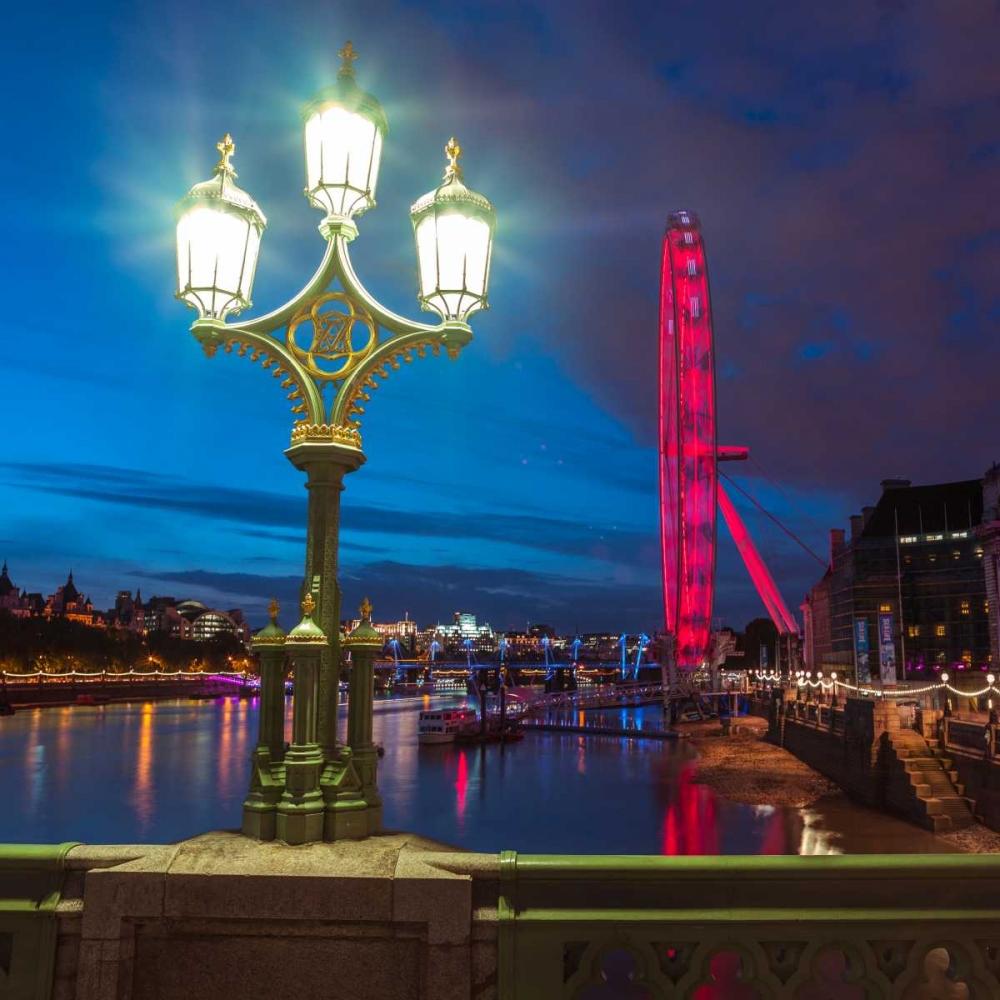 Street lamp with London Eye, London, UK Frank, Assaf 104082