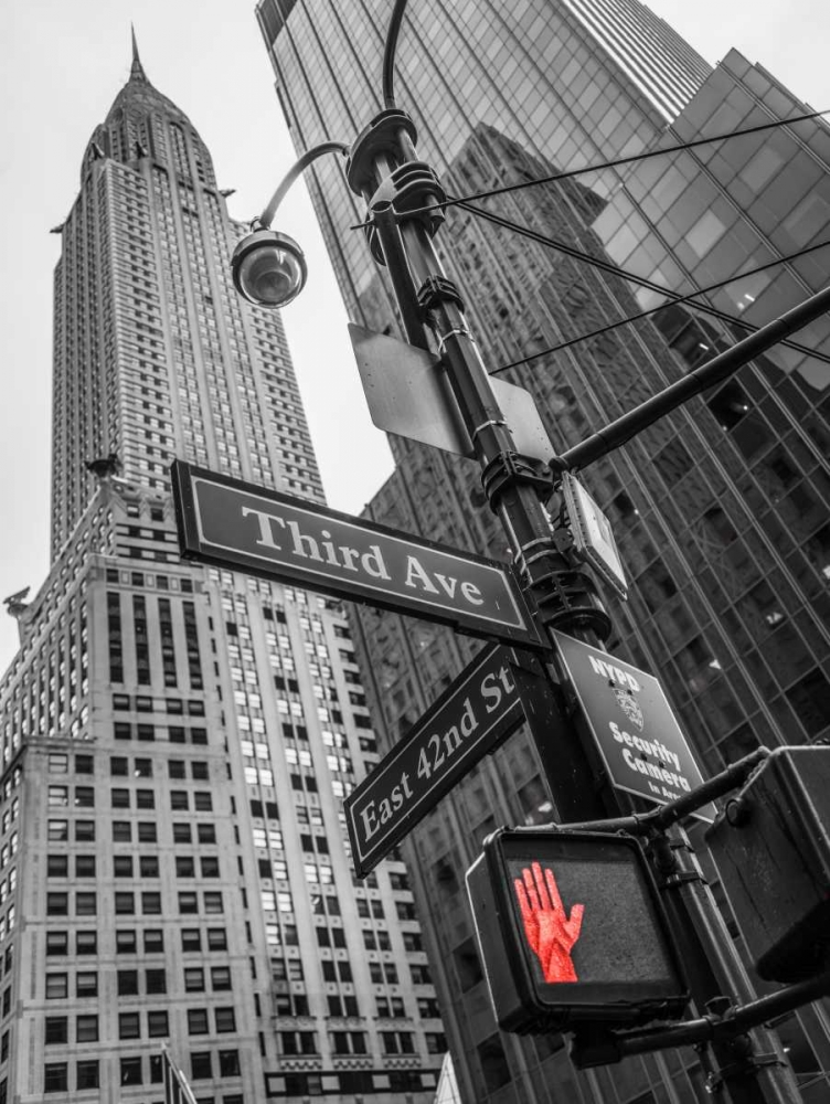 Street sign boards and Chrysler Building in New York city Frank, Assaf 104178
