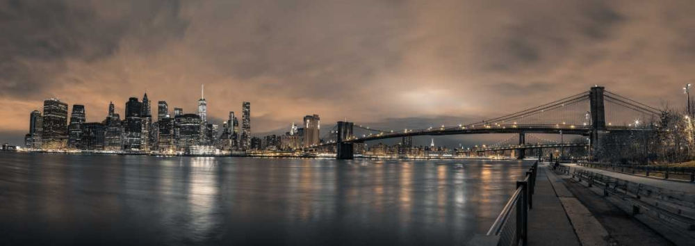 Lower Manhattan skyline in evening, New York Frank, Assaf 104214