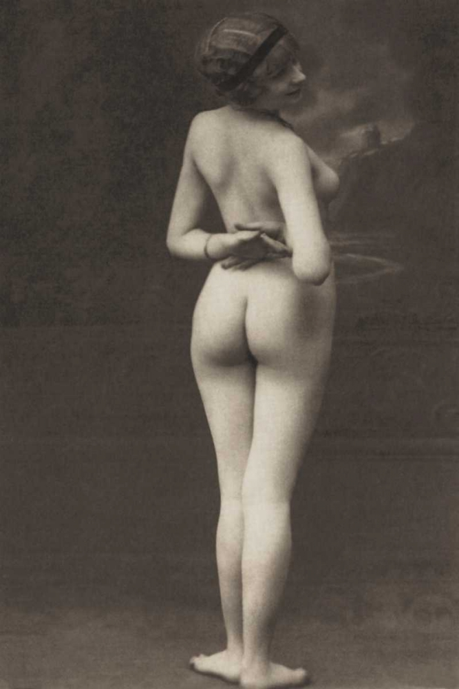 Three-Quarter Pose in Stormy Setting Vintage Nudes 96997