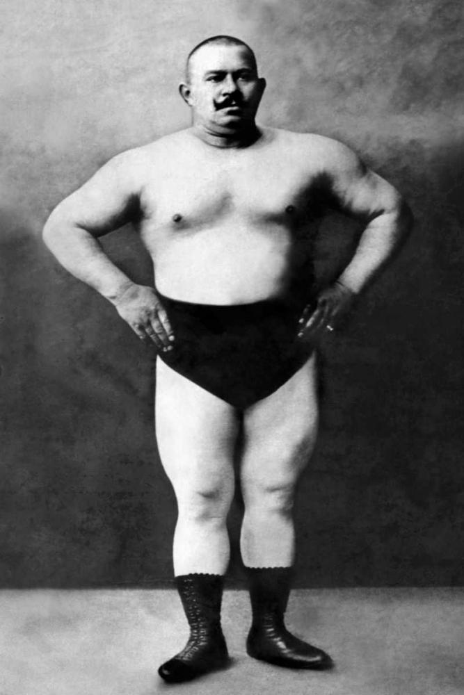 Bodybuilder in Hands on Hips Pose Vintage Muscle Men 96965