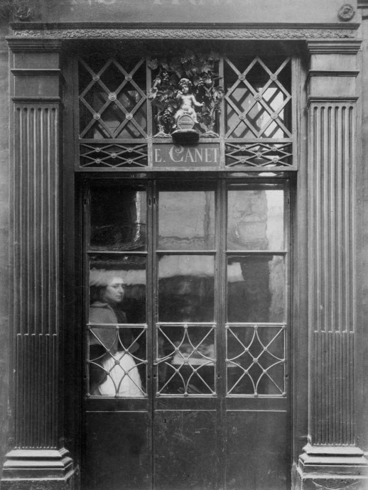 Paris, 1901-1902 - Petit Bacchus, rue St. Louis en lIle Atget, Eugene 93144