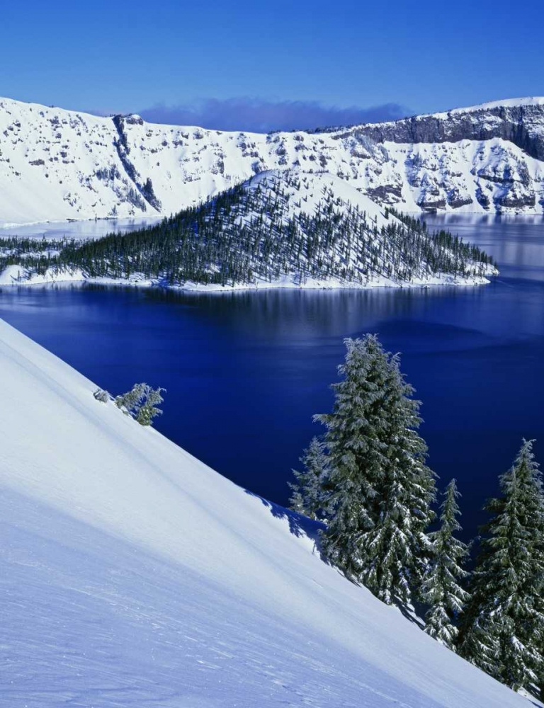 OR, Crater Lake NP Wizard Island in Crater Lake Flaherty, Dennis 127968